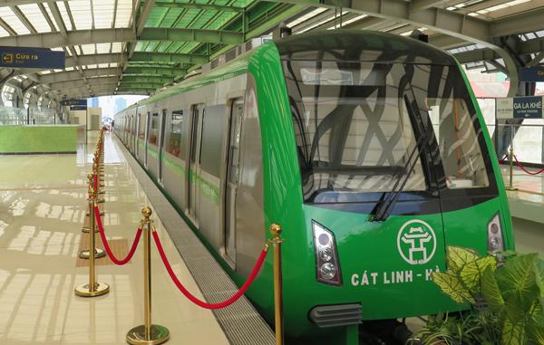 Đường sắt đô thị Hà Nội tự động vận hành, soát vé