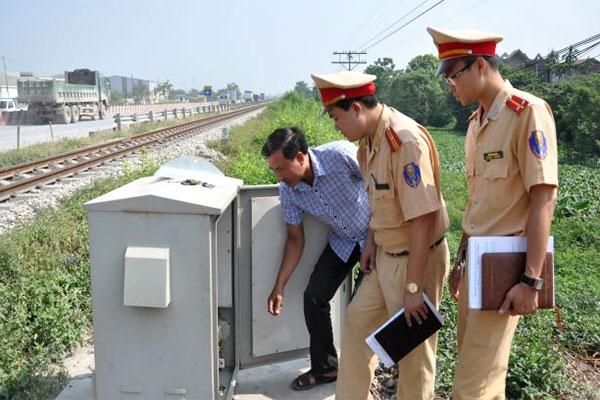 Triển khai căn cơ giải pháp kéo giảm TNGT đường sắt