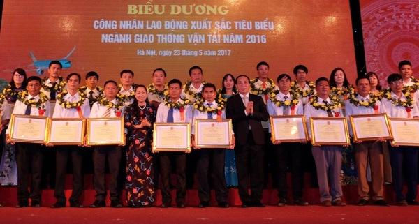 Biểu dương 235 công nhân lao động xuất sắc tiêu biểu ngành GTVT năm 2016