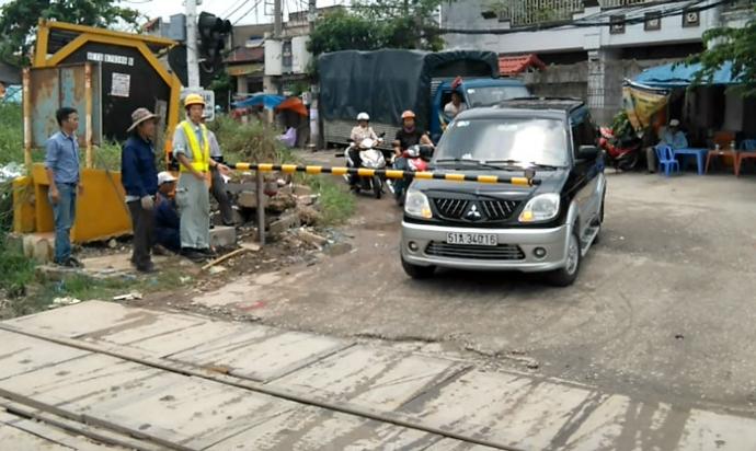 Cần chắn tự động Daido đảm bảo ATGT đường sắt