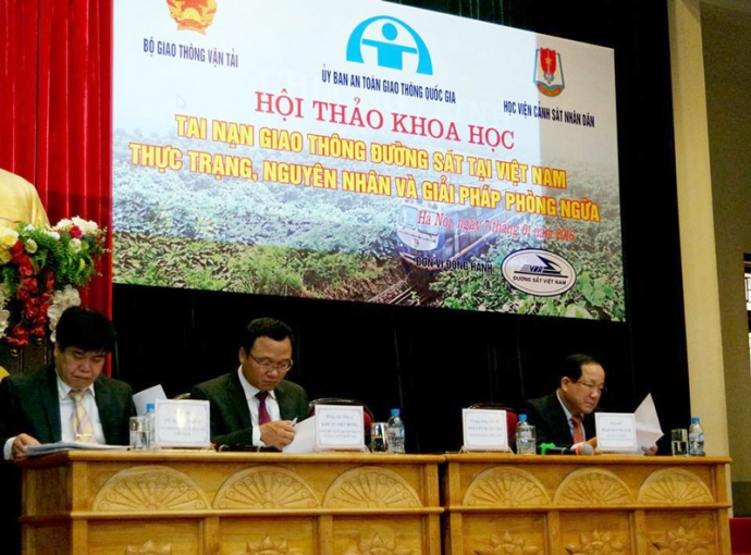 Nghiên cứu, tìm giải pháp phòng ngừa TNGT đường sắt