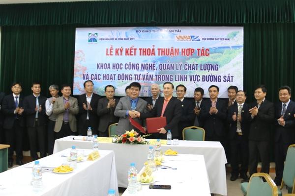Cục Đường sắt Việt Nam và Viện KH&CN GTVT tăng cường hợp tác về KHCN trong lĩnh vực đường sắt